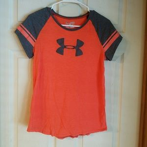Under Armour shirt size youth lg